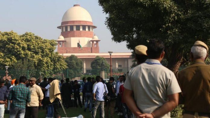 People outside Supreme Court | File photo | Manisha Mondal | ThePrint