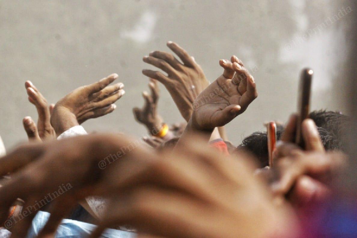 People raised slogans in support of Nitish Kumar at the rally | Photo: Praveen Jain | ThePrint