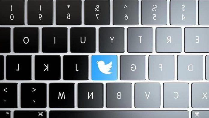 Twitter logo on keyboard