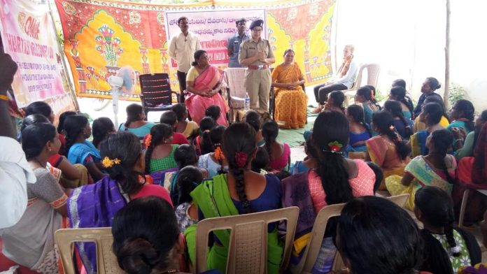 The Narayanpet superintendent of police and activist Hajamma conduct an awareness programme for joginis in Utkoor mandal | File photo | By special arrangement