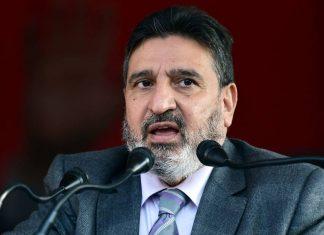Jammu and Kashmir Apni Party chief Altaf Bukhari addresses supporters in Srinagar on 15 December 2020 | ANI