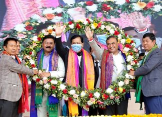 Assam Chief Minister Sarbananda Sonowal and North East Democratic Alliance convenor and Assam minister Himanta Biswa Sarma during the swearing-in ceremony of the new Bodoland Territorial Council in Kokrajhar on 15 December 2020. | Photo: ANI
