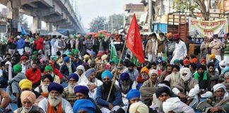 Farmers protesting at Tikri border against the three farm laws | Photo: Suraj Singh Bisht | ThePrint