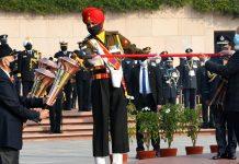 PM Narendra Modi at the Vijay Divas commemoration at the National War Memorial in New Delhi, on 16 December, 2020   @narendramodi   Twitter