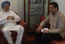 File photo   Manmohan Singh with Praveen Chakravarty   Source: Author